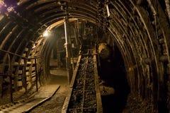 Bestrating in een harde kolenmijn in Silesië in Polen royalty-vrije stock afbeelding