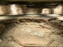 Bestrating van archeologisch gebied in Milan Cathedral stock afbeelding