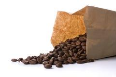 Bestrooi van een koffiepakket Stock Afbeeldingen