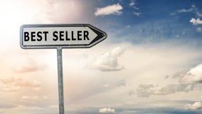 Bestselleru drogowy znak i dramatyczny niebo Zdjęcia Stock