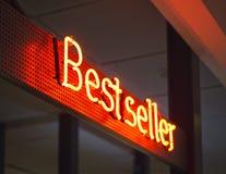 Bestselleru signage sklepu handlu detalicznego Marketingowy promocyjny Neonowy typ Zdjęcia Stock