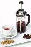 betätigen Sie sich mit grünem Tee und Cup Stockbilder