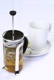 betätigen Sie sich mit grünem Tee und Cup Lizenzfreie Stockfotos