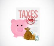 betaalde belastingen de besparingen van het spaarvarken voor belastingenconcept Stock Fotografie