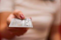 betala för kortkreditering Arkivfoton
