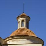 Betegelde dak en koepel in Valencia, Spanje Stock Foto