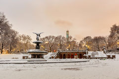 Bethesda Fountain i Central Park New York efter snöstorm arkivfoto