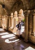 BETHLEHEM, ISRAEL - 12 DE JULHO DE 2015: O corredor gótico do vestíbulo Imagem de Stock Royalty Free