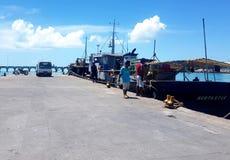 Betio码头,南塔拉瓦 免版税图库摄影