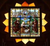 Betlehem kyrka av Kristi födelsemålat glassfönstret Fotografering för Bildbyråer