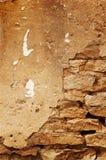 Beton en bakstenen muur stock afbeeldingen