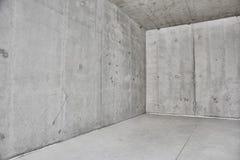 Betonmauern im Raum Stockbild