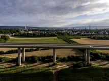 Betonowa droga - uliczna autostrada mostów natury krajobrazu wioska i contruction miejsce Obrazy Royalty Free