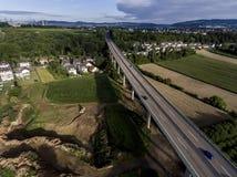 Betonowa droga - uliczna autostrada mostów natury krajobrazu wioska i contruction miejsce Obraz Stock