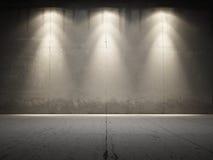 betonowi grungy iluminują światło reflektorów