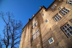 Betonowy budynek z okno Fotografia Royalty Free