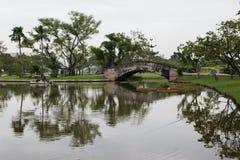 Betonowy mosta i laguny park publicznie Fotografia Royalty Free