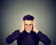 Betonter Mann frustriert Negative menschliche Gefühle lizenzfreies stockbild