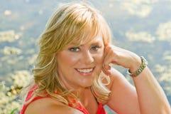 Betoverende blonde vrouw Stock Afbeelding