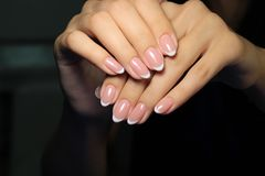 betoverende mooie manicure Royalty-vrije Stock Afbeelding