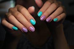 betoverende mooie manicure Stock Afbeelding