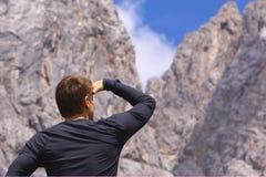 Betrachten der Landschaft Lizenzfreies Stockbild