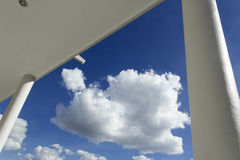 Betrachten des Himmels Stockfotos