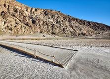 Betrachtungsplattform an Badwater-Becken, Death Valley, USA Lizenzfreies Stockfoto