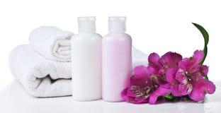 Betriebsmittel für Badekurort und Blumen Stockbild