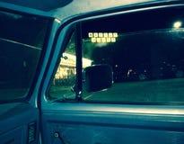 Betrunken und am DA-Waffel-Haus entsteint Stockfotografie