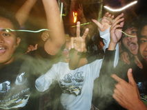 Betrunkener Balinese-junge Männer, die Ogoh-Ogoh feiern Lizenzfreies Stockfoto