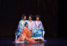 Better sisters-into the palace-Modern drama Empresses in the Palace Stock Photography