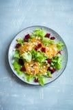 Betterave et salade d'oranges avec du feta Photographie stock libre de droits