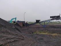 Betuminoso secundário - armazenagem de carvão betuminoso foto de stock royalty free