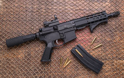 Beunruhigte Munition Pistole AR 15, Zeitschrift Stockfotografie