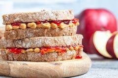Beurre d'arachide et sandwich à gelée photographie stock