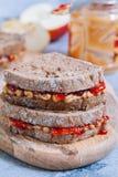 Beurre d'arachide et sandwich à gelée photos stock
