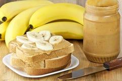 Beurre et banane d'arachide Image libre de droits