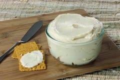 Beurre végétalien fait maison Photos stock