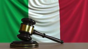 Beurteilen Sie ` s Hammer und blockieren Sie gegen die Flagge von Italien Begriffs-Wiedergabe 3D des italienischen Gerichtes Lizenzfreie Abbildung
