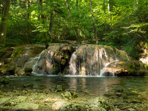 Beusnita瀑布在Beusnita国家公园 免版税图库摄影