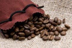 Beutel des Kaffees lizenzfreie stockbilder