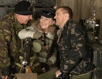 Beväpnade stridsoldater Royaltyfri Bild