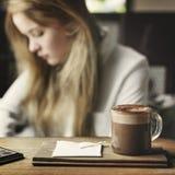 Bevanda che beve concetto di refrigerazione di svago del caffè calmo Immagini Stock Libere da Diritti