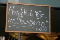 Bevanda del cioccolato con Churros immagini stock libere da diritti