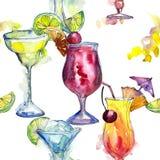 Bevanda del cocktail del partito di Antivari Modello senza cuciture del fondo Fotografia Stock Libera da Diritti