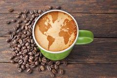 Bevanda del mondo dei chicchi di caffè Fotografia Stock Libera da Diritti
