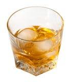 Bevanda dell'alcool con il percorso di residuo della potatura meccanica Fotografia Stock Libera da Diritti