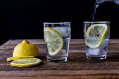 Bevanda fredda con il limone Fotografie Stock Libere da Diritti