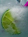 Bevanda fredda piena di bolle Fotografia Stock Libera da Diritti